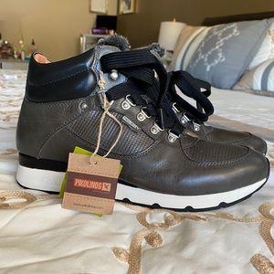 NWT Pikolinos Mundaka Hightop sneaker